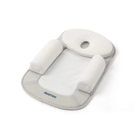 Doomoo babapozícionáló - refluxpárnával